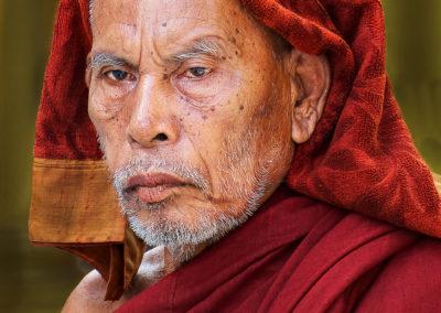Holyman - Yangon - Myanmar